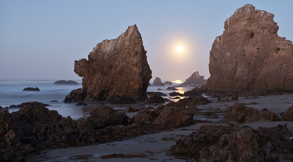Full Moon over El Matador